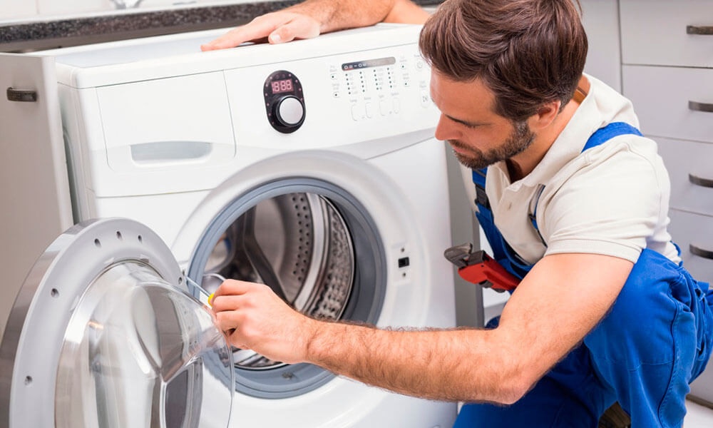 Using a Washing Machine Repair Service to save Cash